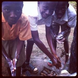 Group-hand-washing