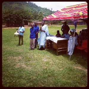 The-chief-of-Abenta-addressing-his-community-members